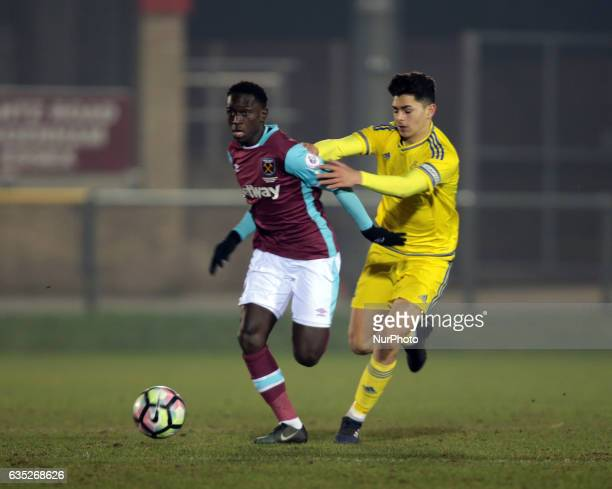 LR West Ham United U23s Domingos Quina under pressure from Toby Edser of Nottingham Forest Under 23s during The Premier League Cup Group E match...