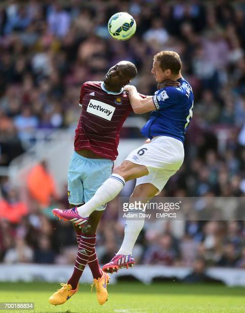 West Ham United's Carlton Cole and Everton's Phil Jagielka battle for the ball