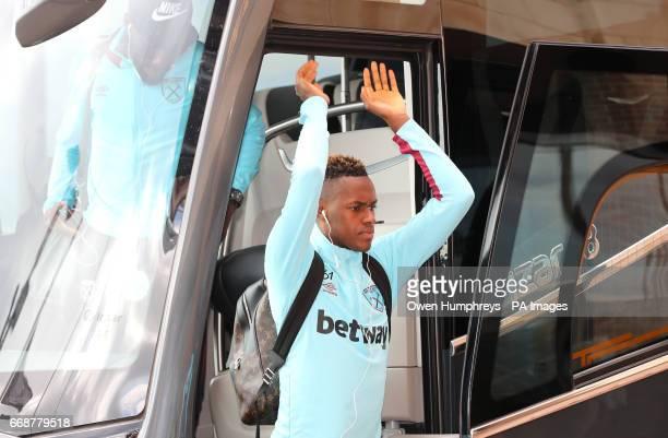 West Ham United's Edimilson Fernandes arrives before the Premier League match at the Stadium of Light Sunderland