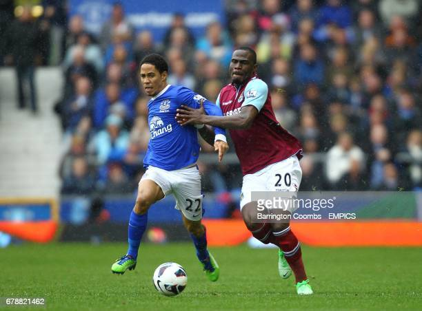 West Ham United's Guy Demel and Everton's Steven Pienaar battle for the ball