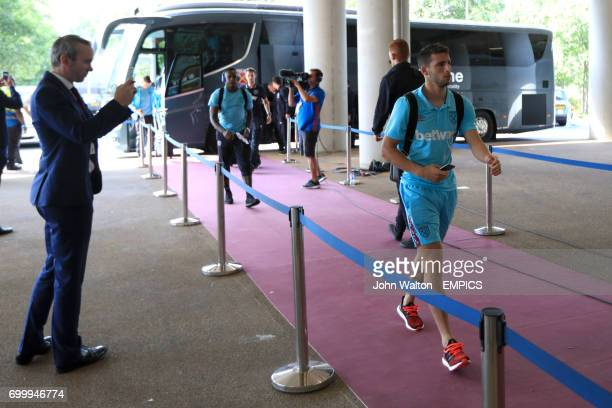 West Ham United's Jonathan Calleri arrives at the London Stadium ahead of the game