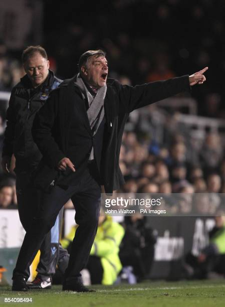 West Ham United's manager Sam Allardyce shouts out instruction's to his players during the Barclays Premier League match at Craven Cottage London