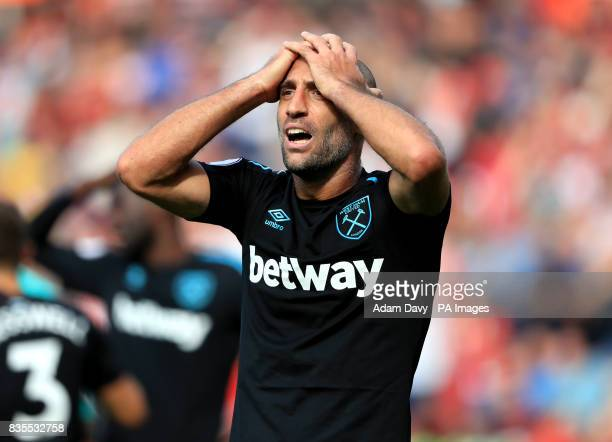 West Ham United's Pablo Zabaleta reacts after conceding a late penalty during the Premier League match at St Mary's Southampton