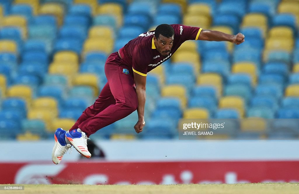 West Indies bowler Shannon Gabriel delivers a ball during the 9th One Day International match of the Tri-nation Series between South Africa and West Indies at the Kensington Oval stadium in Bridgetown on June 24, 2016. / AFP / Jewel SAMAD