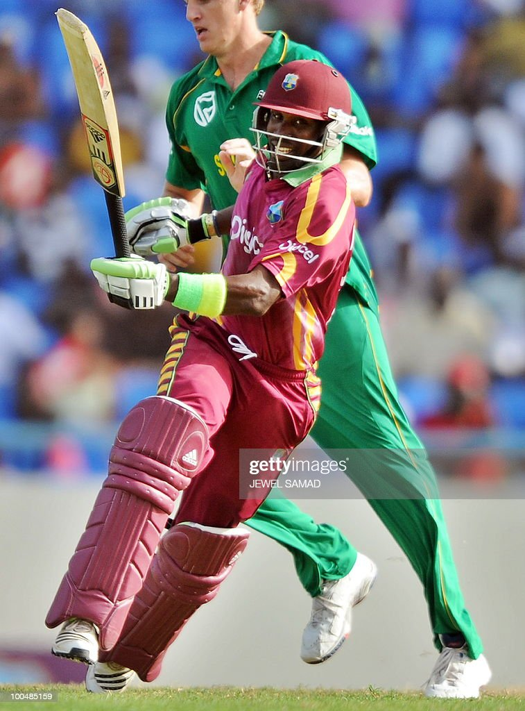 West Indies cricketer Dwayne Bravo takes a run during the second One Day International match between West Indies and South Africa at the Sir Vivian Richards Stadium in St John's on May 24, 2010. Batting first, South Africa scored 300-runs at the end of their innings. AFP PHOTO/Jewel Samad