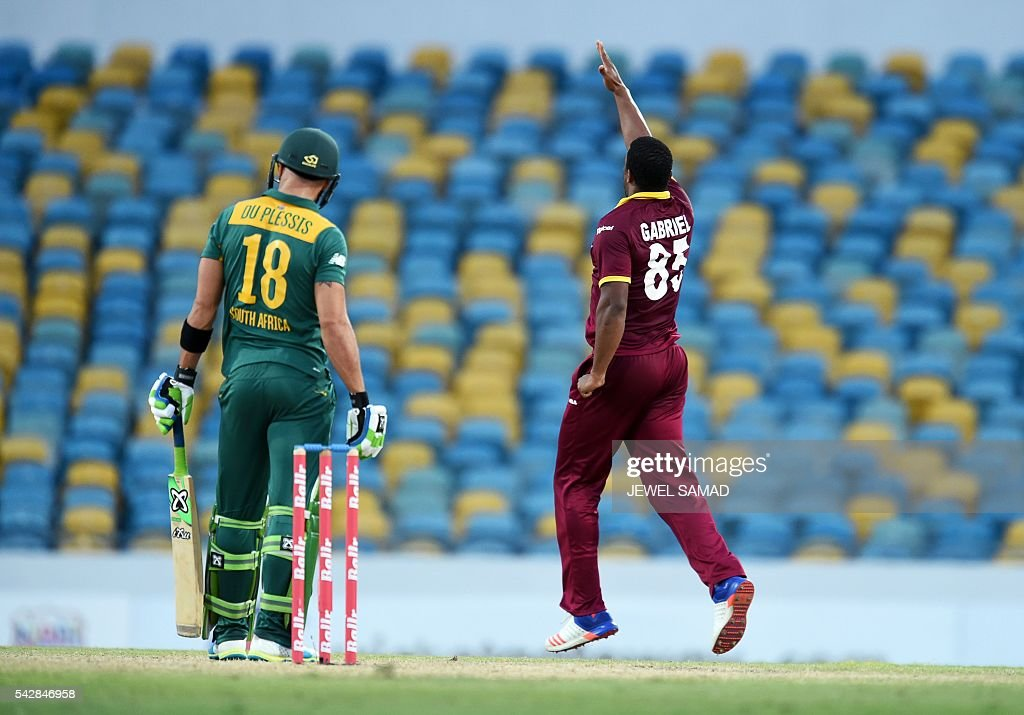West Indies cricketer Shannon Gabriel (#85) celebrates dimissing South African batsman Faf du Plessis (#18) during the 9th One Day International match of the Tri-nation Series between South Africa and West Indies at the Kensington Oval stadium in Bridgetown on June 24, 2016. / AFP / Jewel SAMAD