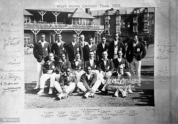 Joe Small Victor Pascall Joseph Holt manager R Mallett Raymond Phillips Maurice Fernandes Clarence Hunter George John George Dewhurst Snuffy Browne...