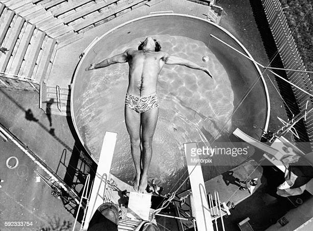 West Midland Safari and Leisure Park located in Bewdley Worcestershire England High diver Dean Whitaker 1st June 1979