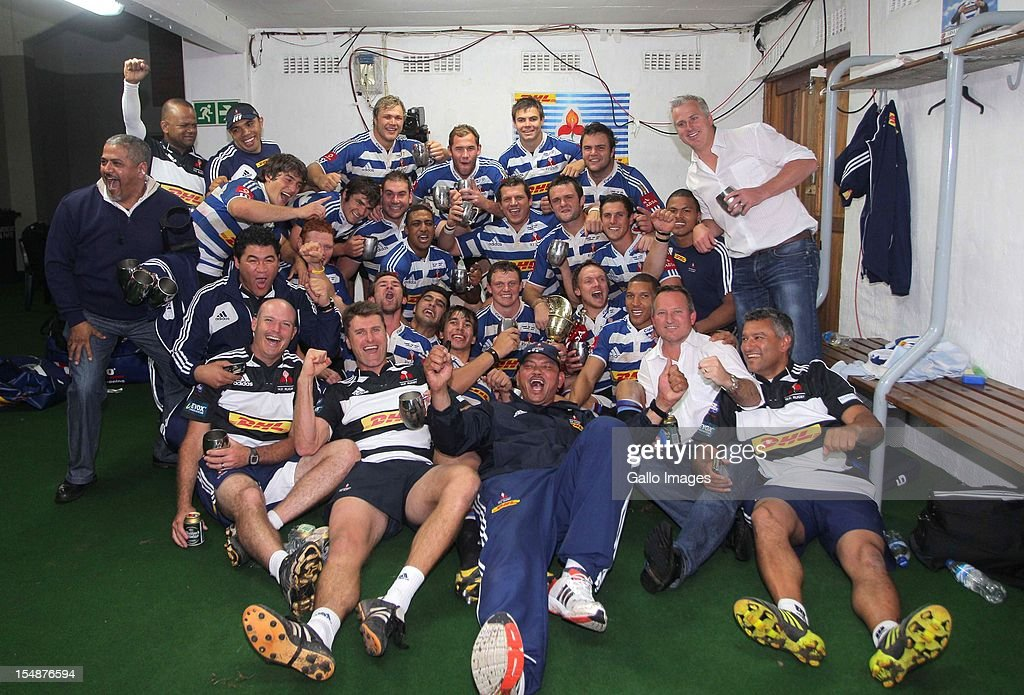 Western Province players celebrate with the trophy after the Absa Currie Cup final match between The Sharks and DHL Western Province from Mr Price KINGS PARK on October 27, 2012 in Durban, South Africa.