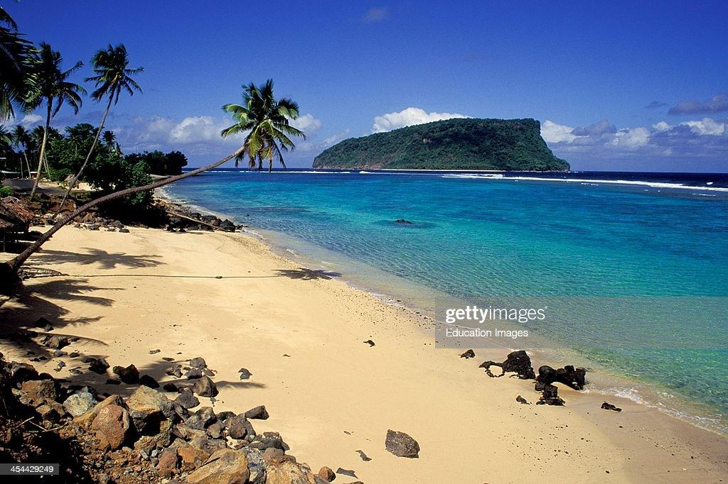 Western Samoa Island Of Upolu Lalomanu Beach