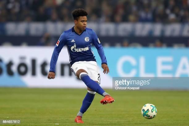 Weston McKennie of Schalke runs with the ball during the Bundesliga match between FC Schalke 04 and 1 FC Koeln at VeltinsArena on December 2 2017 in...