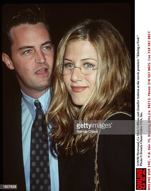 Westwood Ca Matthew Perry and Jennifer Aniston at the movie premiere of 'Kissing a Fool'