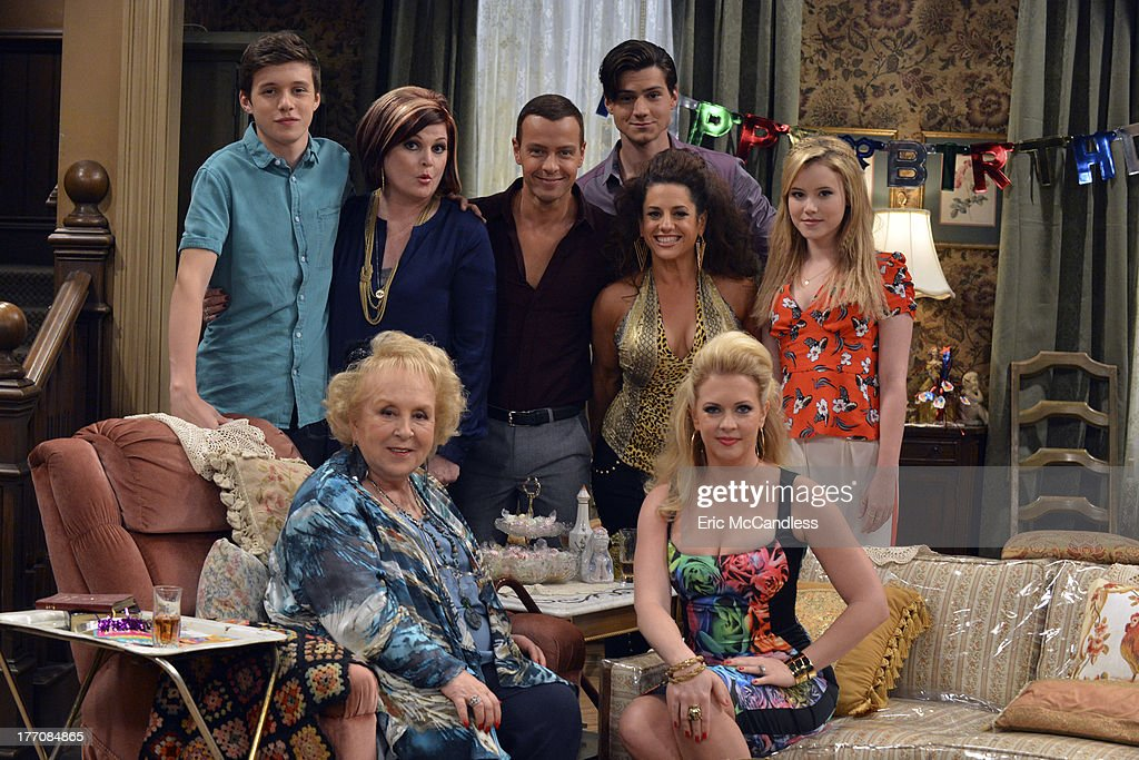 MELISSA & JOEY - 'What Happens in Jersey... Pt 1' - Mel must pose as Joe's ex-wife at his dying grandmother's birthday party in New Jersey, on the special two-part summer finale of 'Melissa and Joey.' 'What Happens in Jersey Part 1' airs Wednesday, August 28th , with 'What Happens in Jersey Part 2' concluding Wednesday, September 4th (8:00PM ET/PT). SPREITLER
