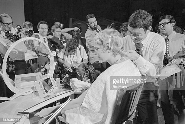 When Delilah cut the locks of the mighty Samson history took a turn When Mrs Frank Sinatra had world famous stylist Vidal Sassoon trim her golden...