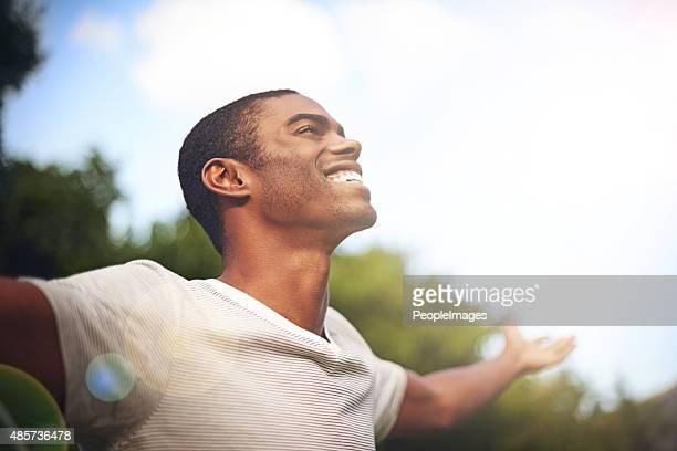 Lorsque la vie vous sourit, sourire dos