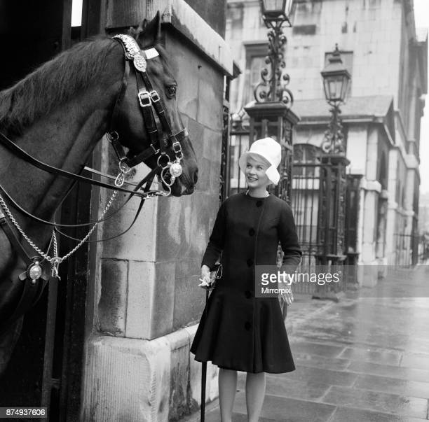 When 'pink' Dorothy Provine arrived in London today she wanted to see the town and do some rubber necking at the famous sights 22nd May 1962