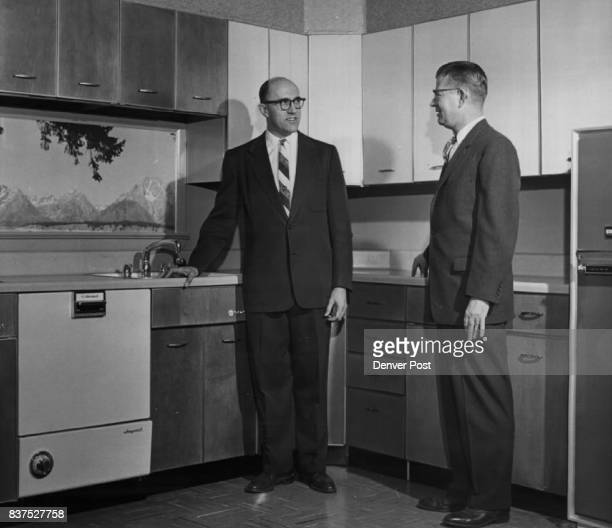 JAN 20 1958 JAN 22 1958 1958 'Whirlpool' Appliances Make Debut Lee Tipton kitchen division manager for Ward Terry Co 70 Rio Grande Blvd talks over...