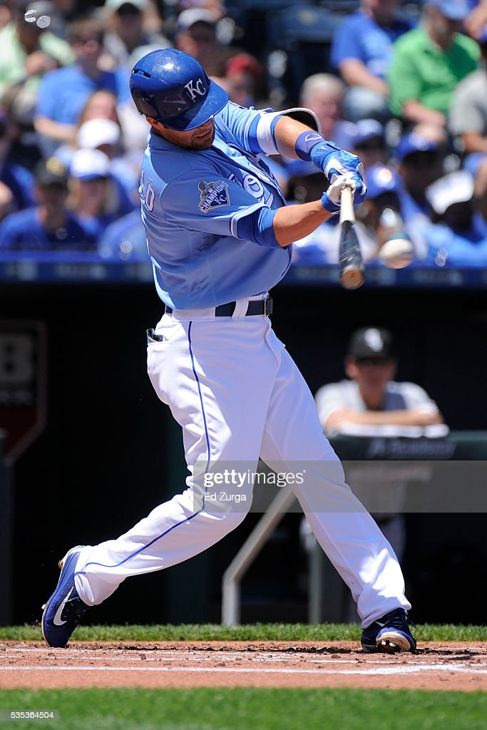 Whit Merrifield #15 of the Kansas City Royals hits a single in the first inning against the Chicago White Sox at Kauffman Stadium on May 29, 2016 in Kansas City, Missouri.