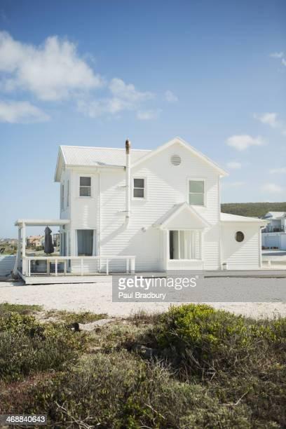Blanc beach house