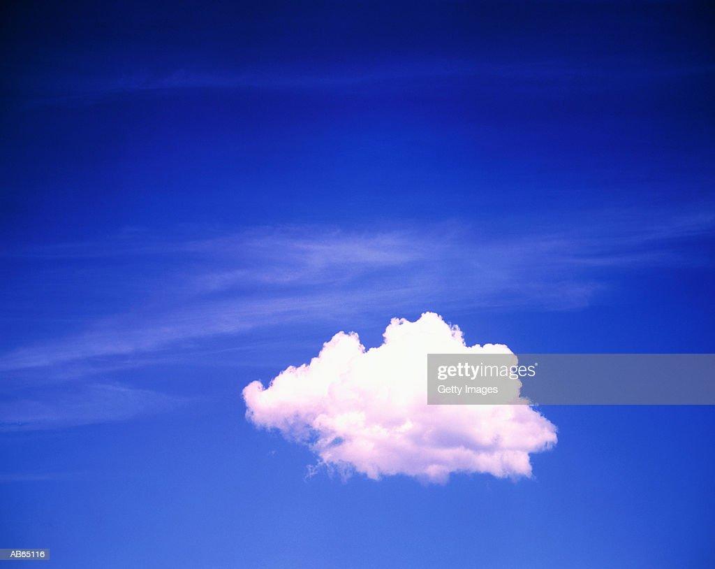 White cloud (cumulus) in blue sky : Stock Photo