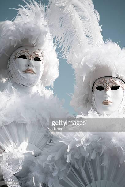 Costume bianco