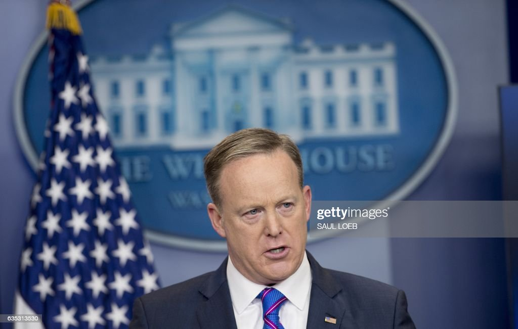 White House Press Secretary Sean Spicer speaks during the daily press briefing in the Brady Press Briefing Room of the White House in Washington, DC, February 14, 2017. / AFP / SAUL