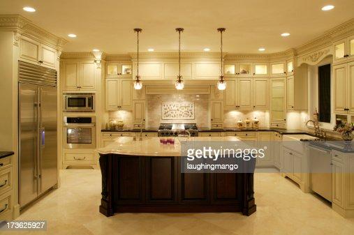 White Kitchen Modern House Mansion Photo – House White Kitchen