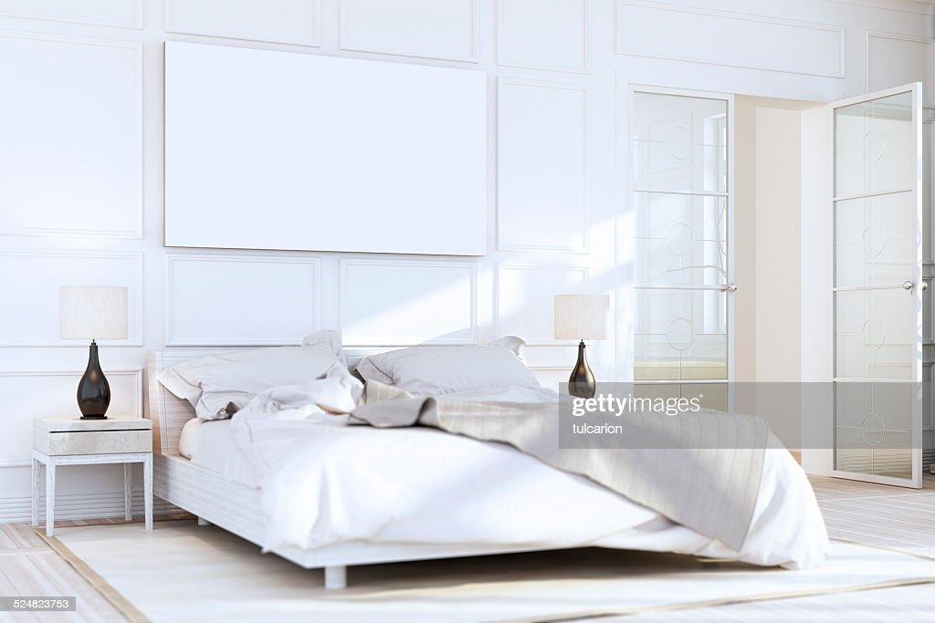 Chambre de luxe de couleur blanc mural : Photo