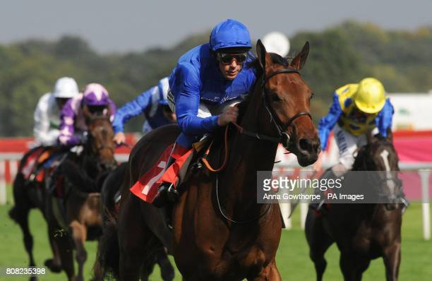 White Moonstone ridden by Frankie Dettori wins the Keepmoat 'Delivering Community Regeneration' May Hill Stakes on The Welcome To Yorkshire Doncaster...