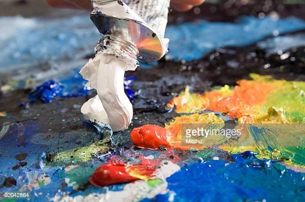 ホワイトのオイルペイントアーティストにカラーパレットを追加