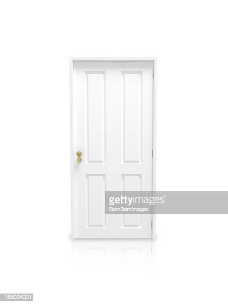 Porta branca fechada