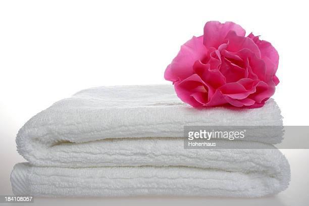 white towel aromatherapy