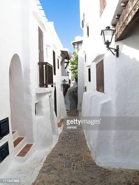 White village in Spanien.