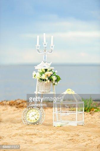 Branco vintage decoração na praia : Foto de stock