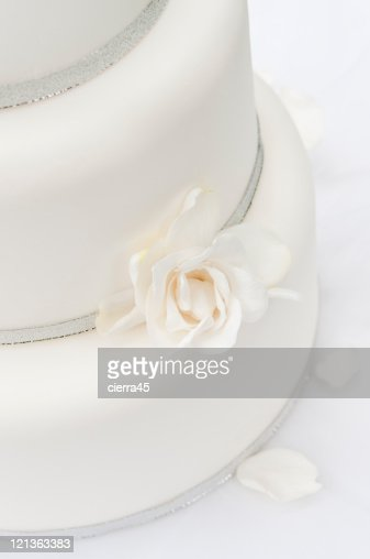 White Wedding Cake Detail