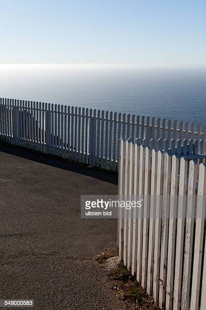 White wooden fence with Pacific view