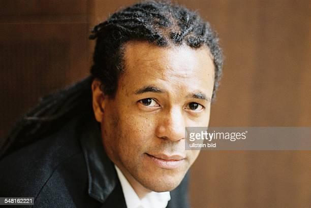 Whitehead Colson Author USA Maerz 2011
