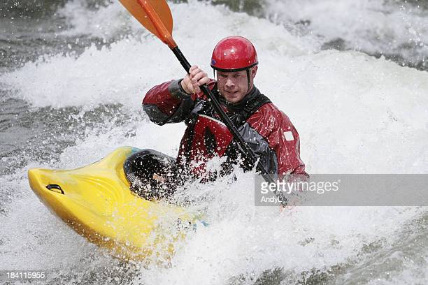 Wildwasser-Kajakfahren