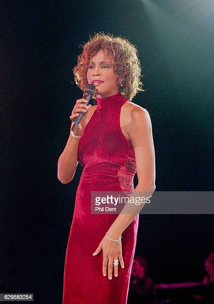 Whitney Houston performs on stage 1996