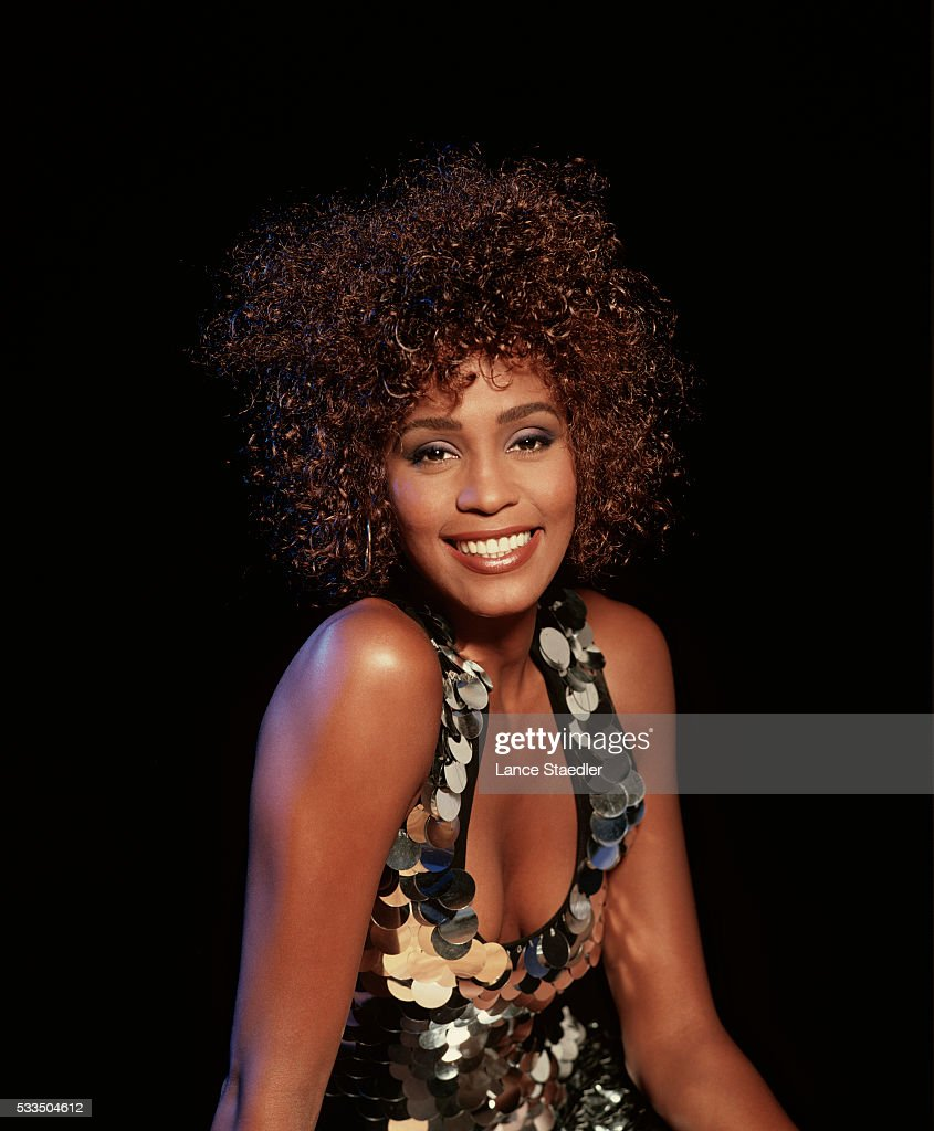 Whitney Houston Hairstyles Whitney Houston Photos Pictures Of Whitney Houston Getty Images