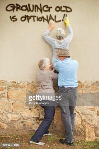 Wer sagt, dass die älteren Bürger nicht ob ausgefallen?