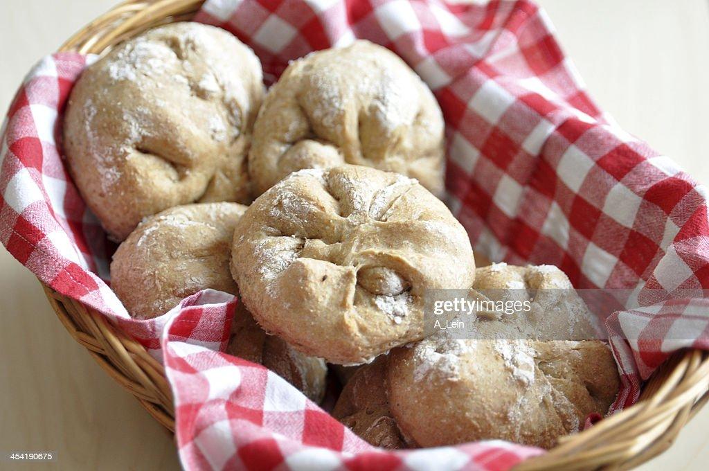 Vollkorn-Brot Brötchen : Stock-Foto