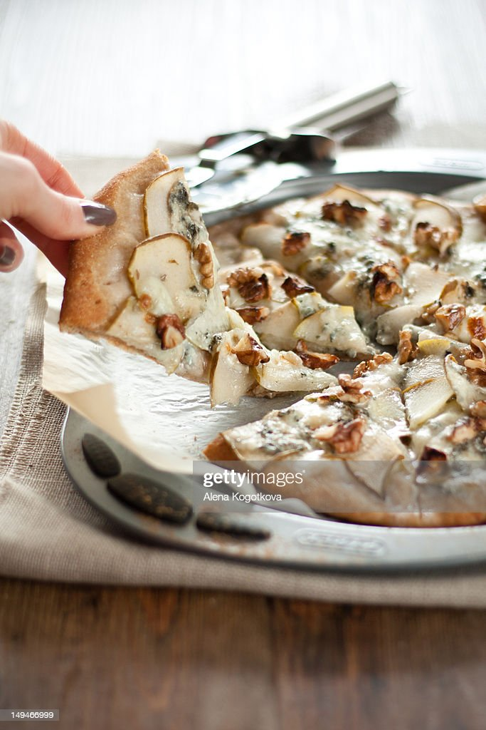 Whole Wheat Pizza with pears and gogonzolla : Stock Photo
