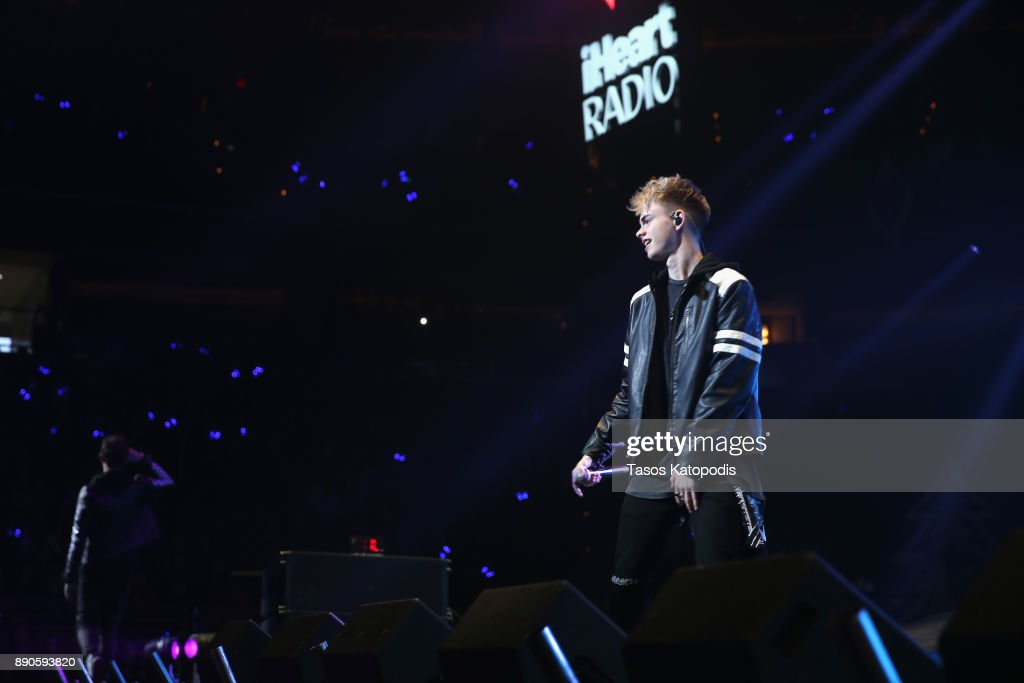 Hot 99.5's Jingle Ball 2017 - SHOW