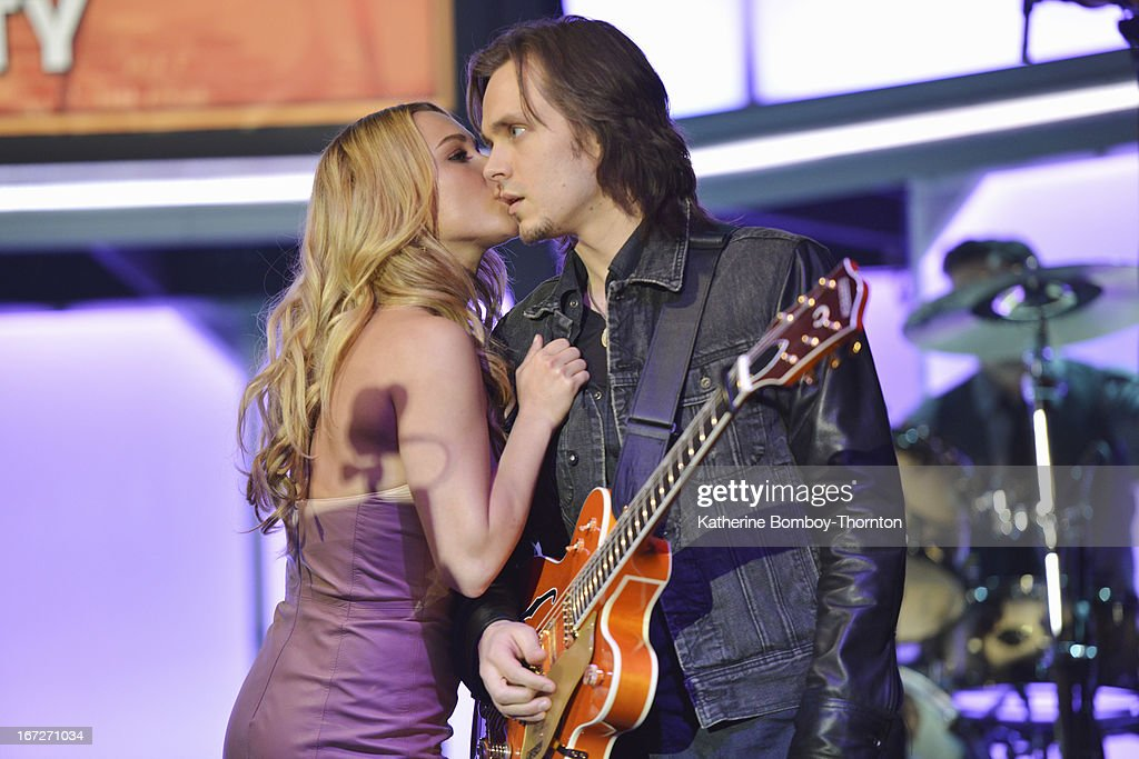 NASHVILLE -'Why Don't You Love Me' - Rayna and Juliette are both nominated for CMA Awards and Edgehill Records hosts a party in their honor. Meanwhile Teddy worries about his relationship with Maddie, Juliette copes with new challenges, Scarlett is concerned about Gunnar, and tension grows between him and Will, on 'Nashville,' WEDNESDAY, MAY 8 (10:00-11:00 p.m. ET) on the ABC Television Network. Guest starring Chris Carmack as Will, Susan Misner as Stacey and singer/songwriter Marshall Chapman as herself. JACKSON