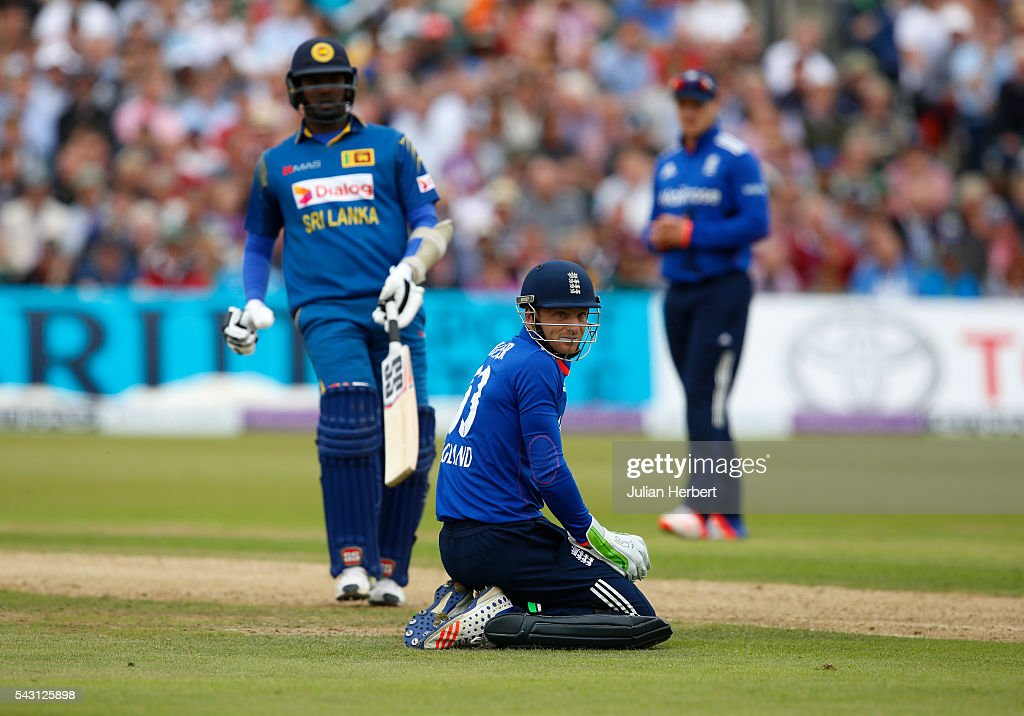 Wicketkeeper Josh Butler of England looks on as the ball heads to the boundary during The 3rd ODI Royal London One-Day match between England and Sri Lanka at The County Ground on June 26, 2016 in Bristol, England.