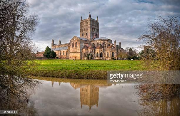 HDR large angle de vue de l'abbaye de Tewkesbury, Gloucestershire, Royaume-Uni