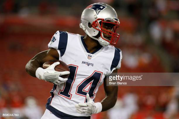 Wide receiver Brandin Cooks of the New England Patriots warms up before the start of an NFL football game against the Tampa Bay Buccaneers on October...