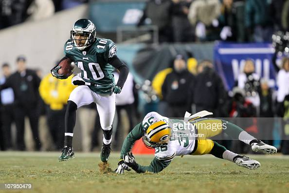 Wide receiver DeSean Jackson of the Philadelphia Eagles avoids the tackle of safety Nick Collins of the Green Bay Packers during the 2011 NFC wild...