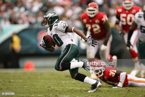 Wide receiver DeSean Jackson of the Philadelphia Eagles runs for a touchdown after a catch during a game against the Kansas City Chiefs on September...